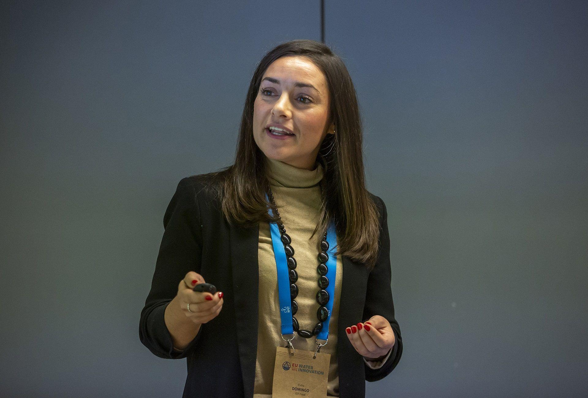 Elvira Domingo presenta la platafroma EIT Food
