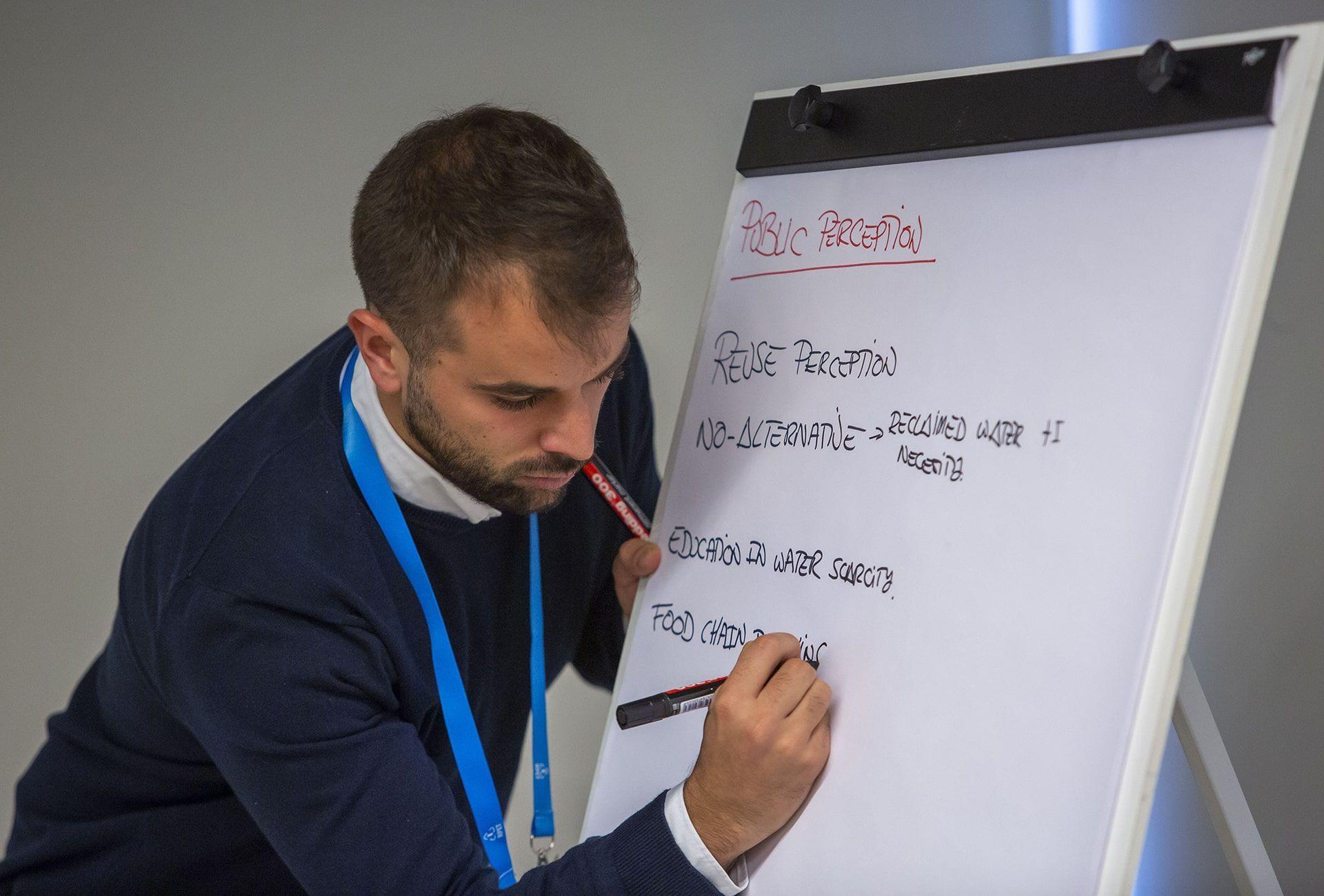 Sesión participativa en el taller de SUWANU EUROPE