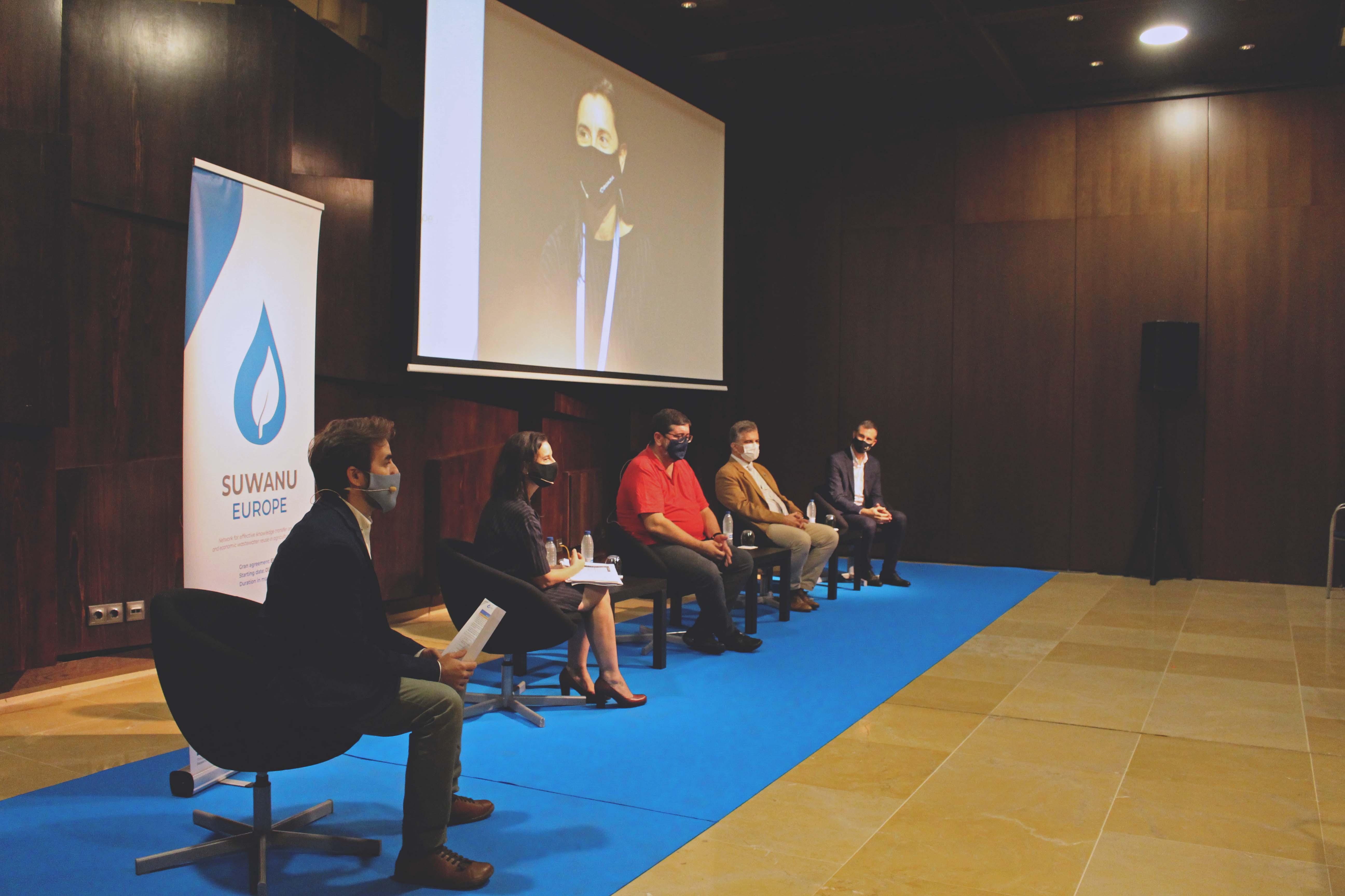 Opening table: Rafael Casielles (Bioazul), Antonia Lorenzo (Bioazul), Emilio Rodríguez (CHG), Ricardo Ruiz (Junta de Andalucía) and Alberto Pérez (Ayto. Algarrobo)